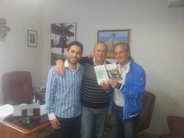 06 Ennio Esposito Vicesindaco Tottenova - Ivan Raffaele Assessore Torrenova - Enzo-Salvia cantautore