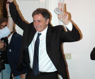 Giosi Ferrandino si è dimesso da Sindaco