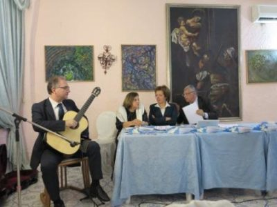 Grande Orchestra di Chitarre al Maschio Angioino diretta da Vito Nicola Paradiso