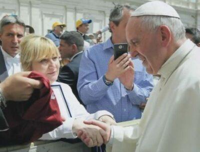 Paola Occhi e il Papa Francesco