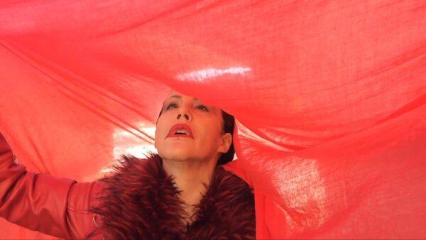 """Chiara Pavoni interpreta il monologo """"Dialogo di una schiava"""" scritto da Bruno Mancini"""