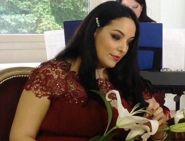 Lorena Sarra durante il concerto con musiche di Prandin - Mancini