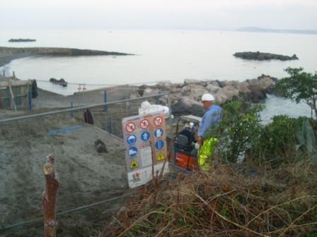 Foto scempi spiagge dicembre 2014 comp (64)