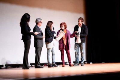Successo spettacolo L'ISOLA DEI FIORI momento della premiazione con Lisa Bernardini