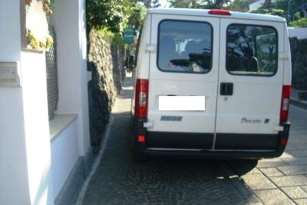 Marciapiede taxi comp (6)