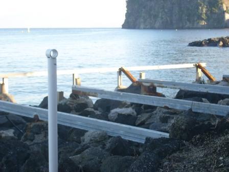 Scempio spiagge mandra foto dic 2014 (33)