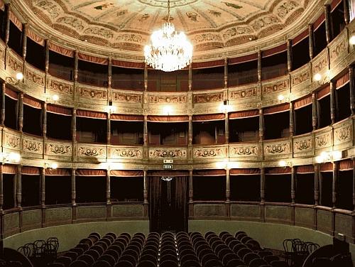 Teatro Mauro Pagano di Canneto sull'Oglio 1