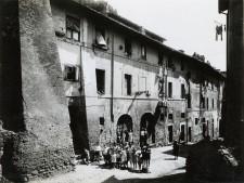 mostra Musei Capitolini- Via della Conciliazione interno fabbricato