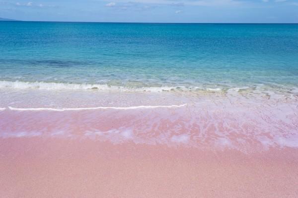 italy-sardinia-budelli_beach-472542992