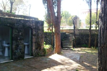 scempi cessi pineta piazzetta (2)